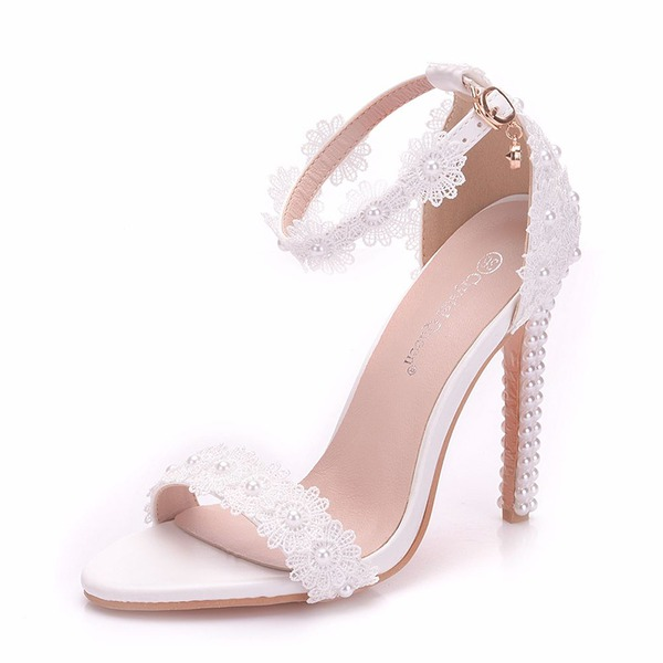 Women's Leatherette Spool Heel Peep Toe Pumps With Applique