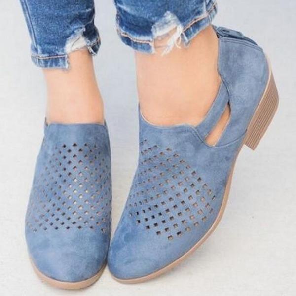 Mulheres Couro Salto baixo Sandálias sapatos