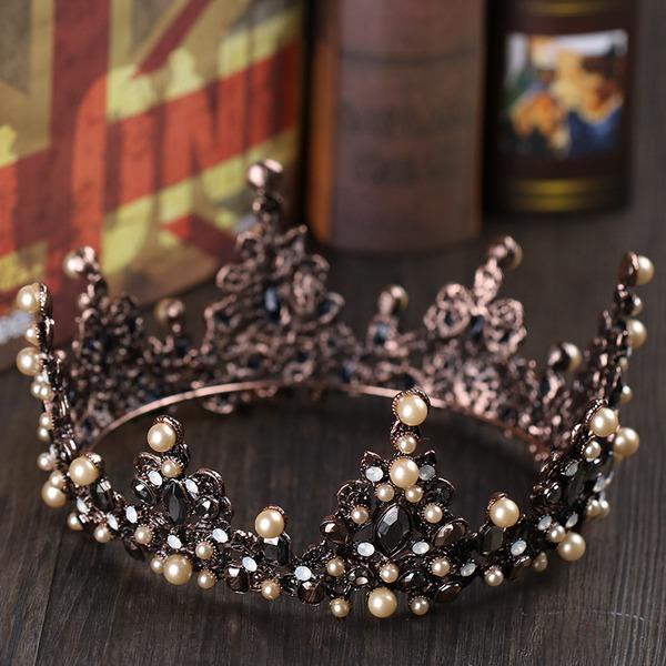 Ladies Pretty Rhinestone/Alloy/Imitation Pearls Tiaras With Rhinestone