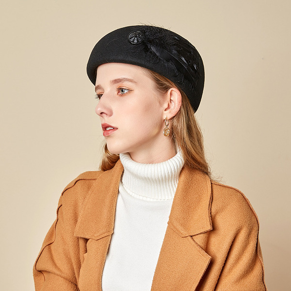 Ladies' Beautiful/Simple/Pretty Wool With Feather Beret Hats