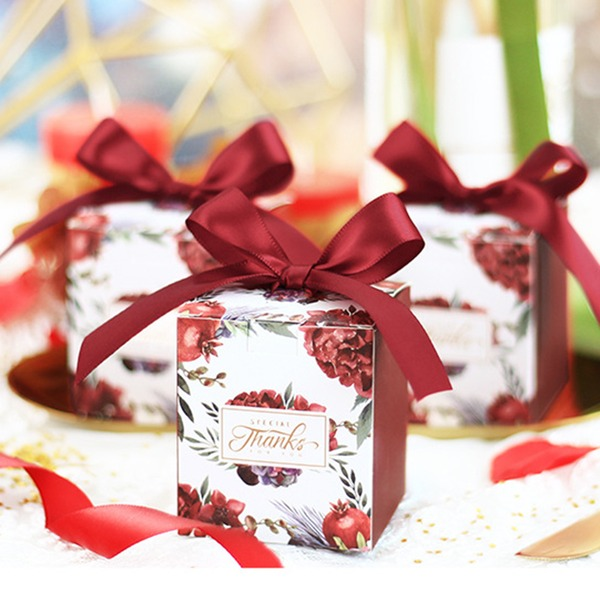 Lovely/Nice Cuboid Card Paper Favor Boxes & Containers With Ribbons (Set of 20)